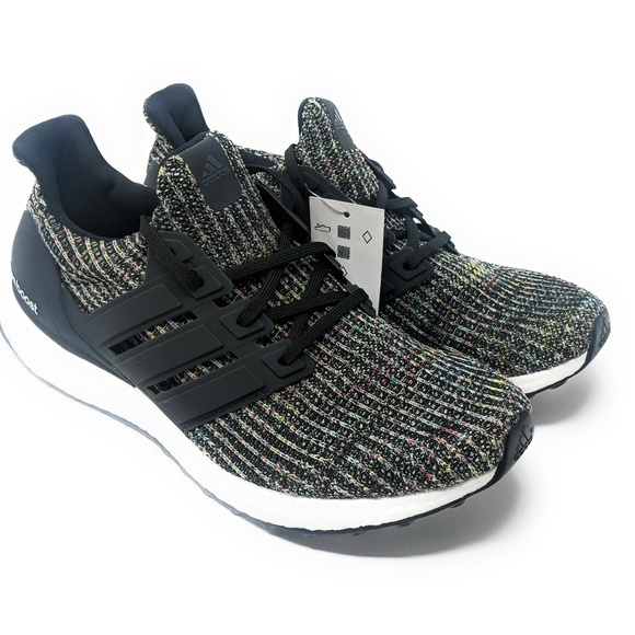 *NEW*Mens Adidas Ultra Boost 4.0 Core Black Carbon NWT